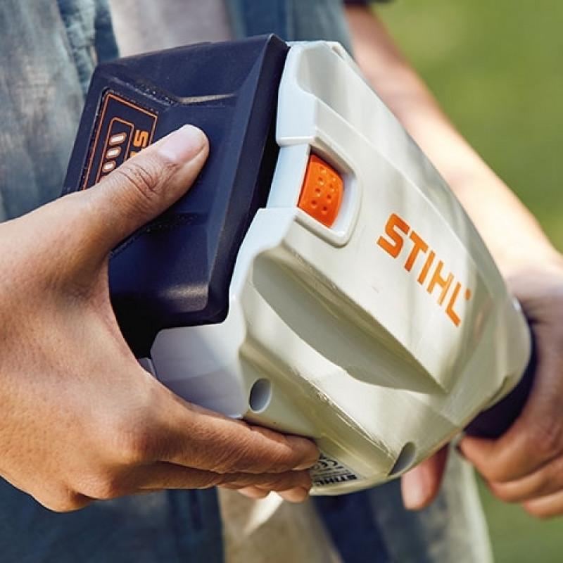 Kosa akumulatorowa STIHL COMPACT FSA 56 w zestawie z akumulatorem i ładowarką